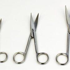 Nůžky chir. zahnuté hrotnaté 130mm 0051HH