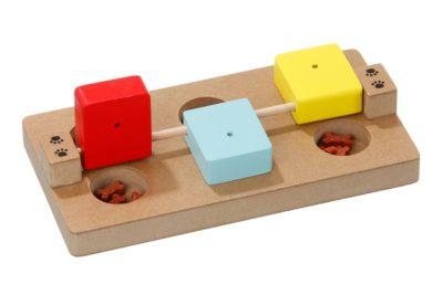 Karlie Interaktivní hračka Rocky pro psy 23x12x4